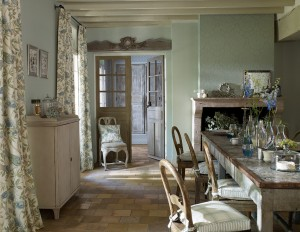 Abbeville-FB-Dining-room-Main-V1_med