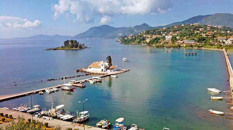 destinații ce merită vizitate Corfu