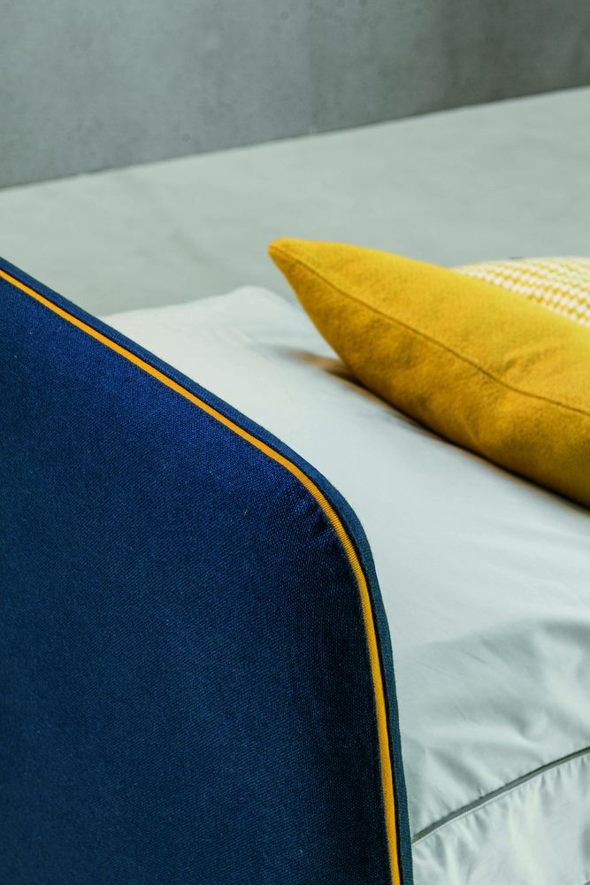 detaliu pat extensibil in dormitor pentru oaspeți