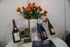 VINVEST 2017: o ediție cu simfonia paharelor de vin închinate de vizitatori