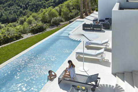 Magia unei piscine infinite
