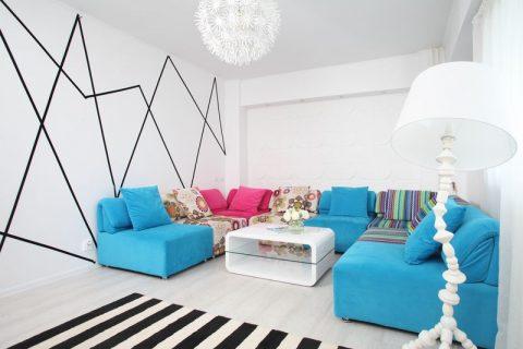 Influențe pop art într-un apartament tineresc