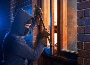 Cum îți protejezi casa de spargeri. 4 metode recomandate de autorități