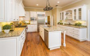 3 principii esențiale pentru a decora o bucătărie în mod practic, dar și estetic