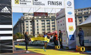 Aproape 17.000 de alergători la cea de-a zecea ediție a  Raiffeisen Bank Maratonul București, 14-15 octombrie 2017