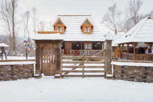 Cele 3 motive pentru care chiar merită să îți cumperi o casă la țară
