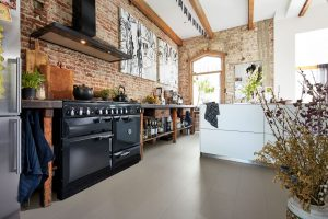 Bucătărie industrială, cu aer cosy