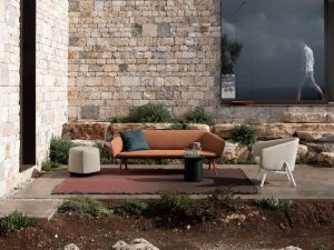 Canapele de exterior – ideale pentru destindere