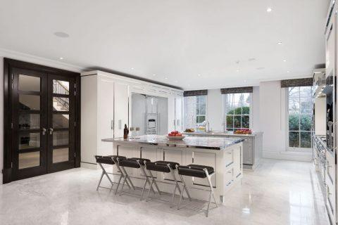 Bucătărie high-class, din oțel