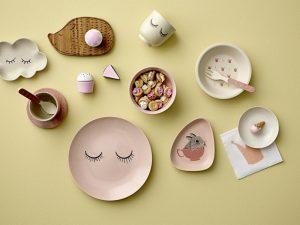 Accesorii de masă pentru bebeluși, colorate și haioase