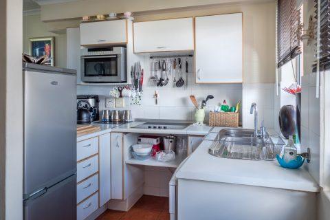 Amenajare bucătărie mică – 5 sfaturi practice de amenajare
